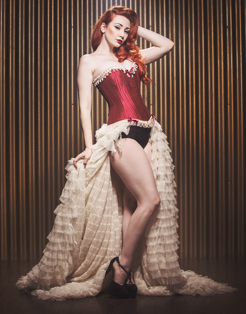 2016-01-21-Lucy-Red-Burlesque-383-Edit.jpg