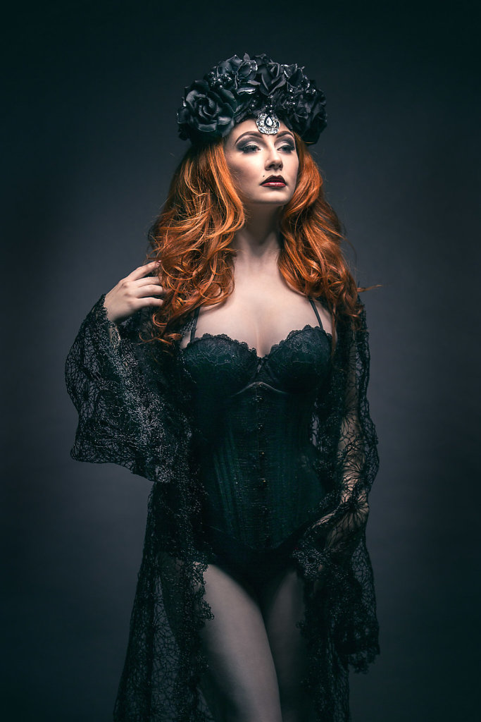 2015-09-28-Lucy-Dark-Lace-151-Edit.jpg