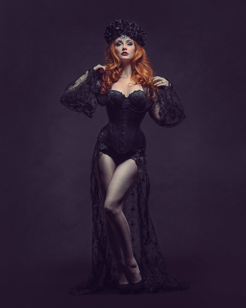 2015-09-28-Lucy-Dark-Lace-67-Edit-2.jpg